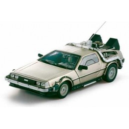 1:18 DE LOREAN-BACK OF THE...