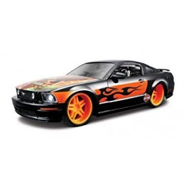 1:24 FORD MUSTANG GT 2006