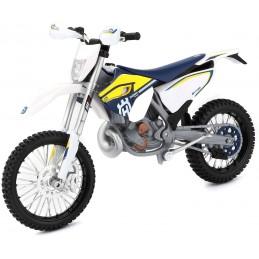 1:12 MOTORCYCLES 1 UNIDAD...