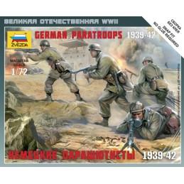 1:72 GERMAN PARATROOPERS